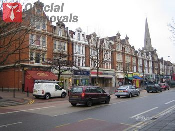 Licensed commercial removals in Ealing